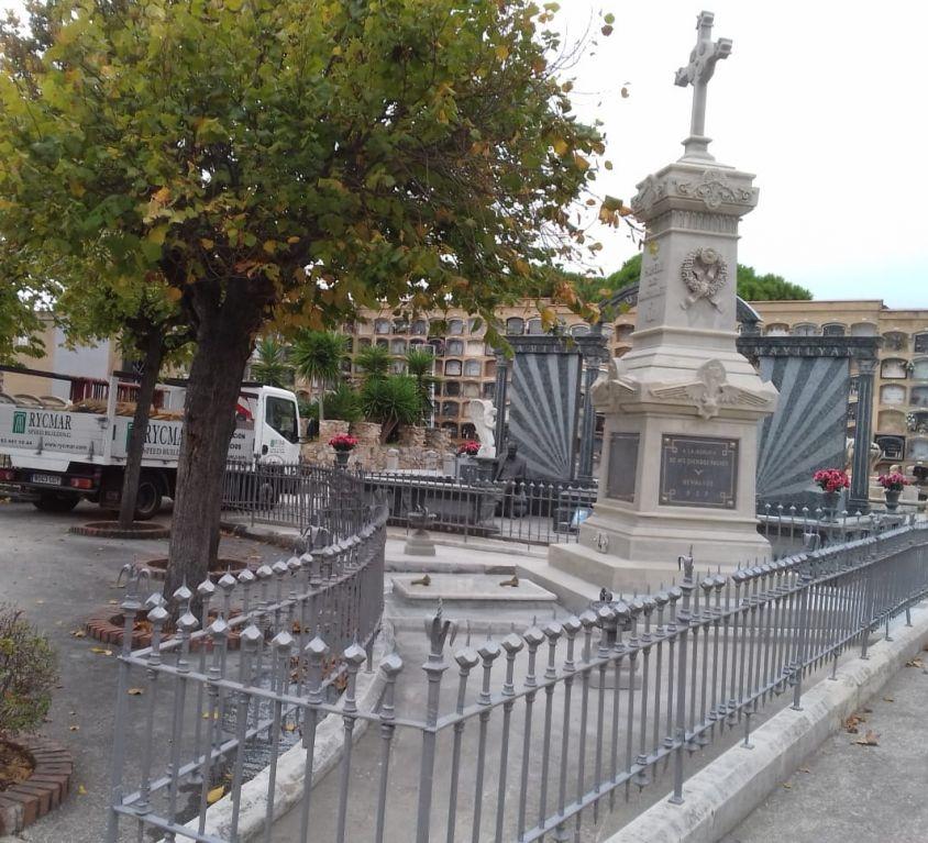 Panteó familiar en Cementiri de Sant Andreu